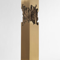 Colonna a base quadra, bronzo, 1975